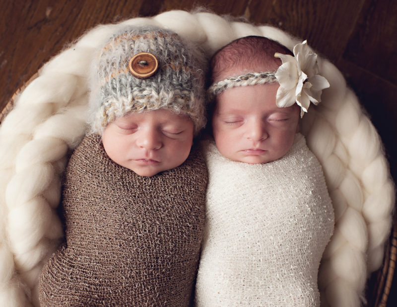 Kansas City twin newborn photographer